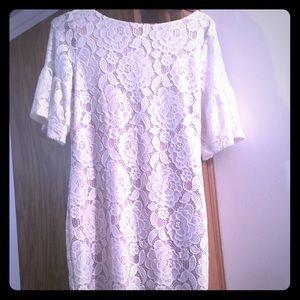 Ivanka Trump white lace dress!!